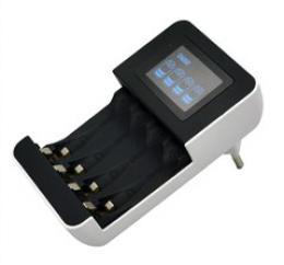 Solight nabíjeèka s LCD displejem, AC 230V, 450mA, 4 kanály, AA/AAA, øízená mikroprocesorem, DN25