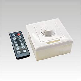 LED Dimmer 1 barva (koleèko) s IR 12 tlaè.klávesnice DC12-24V 8A